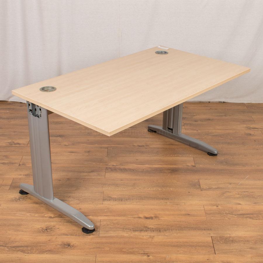 Phoenix Maple 1400x800 Straight Desk