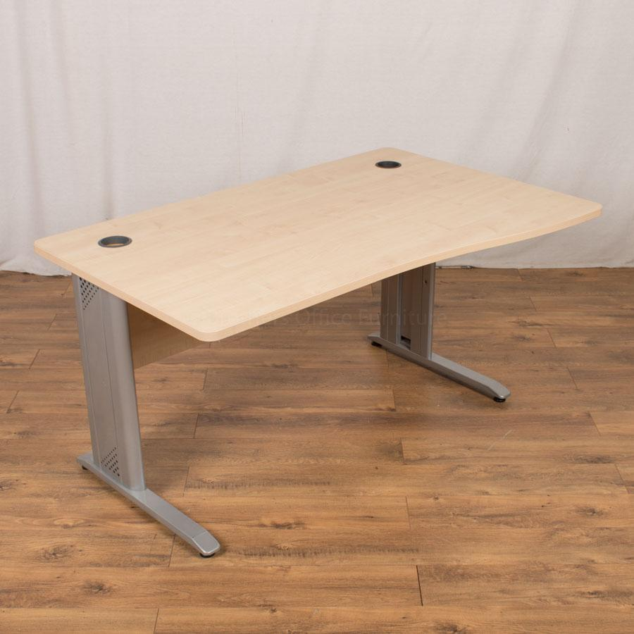 Kentec Maple 1400x900 Wave Desk