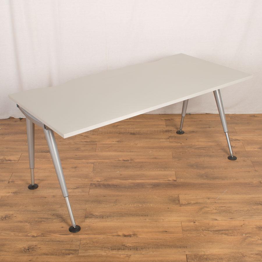 Herman Miller Light Grey 1600x800 Straight Desk