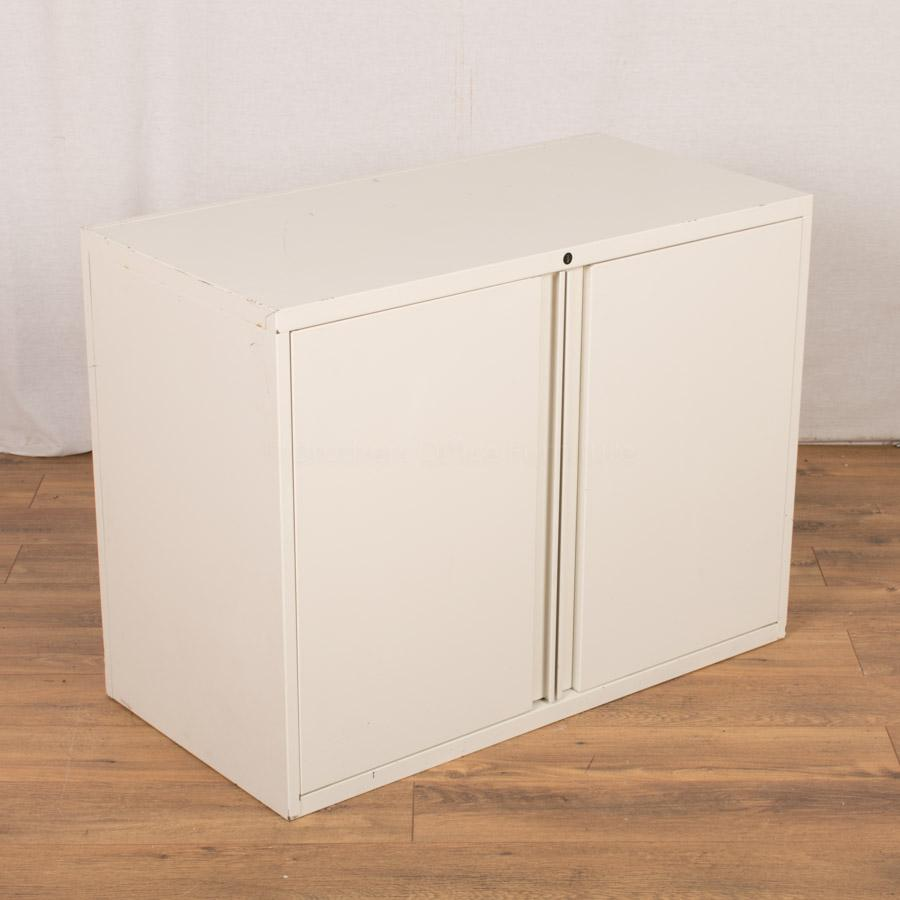 White 690H Office Cupboard