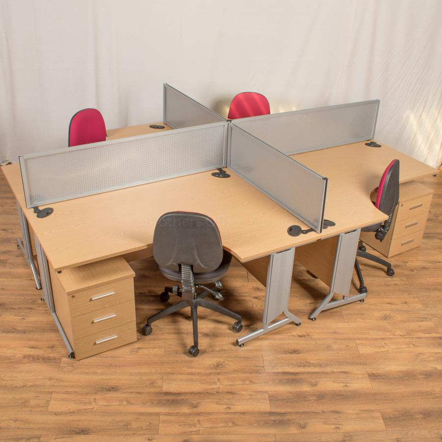 Gresham X10 Oak 1600x1200 Corner Workstation