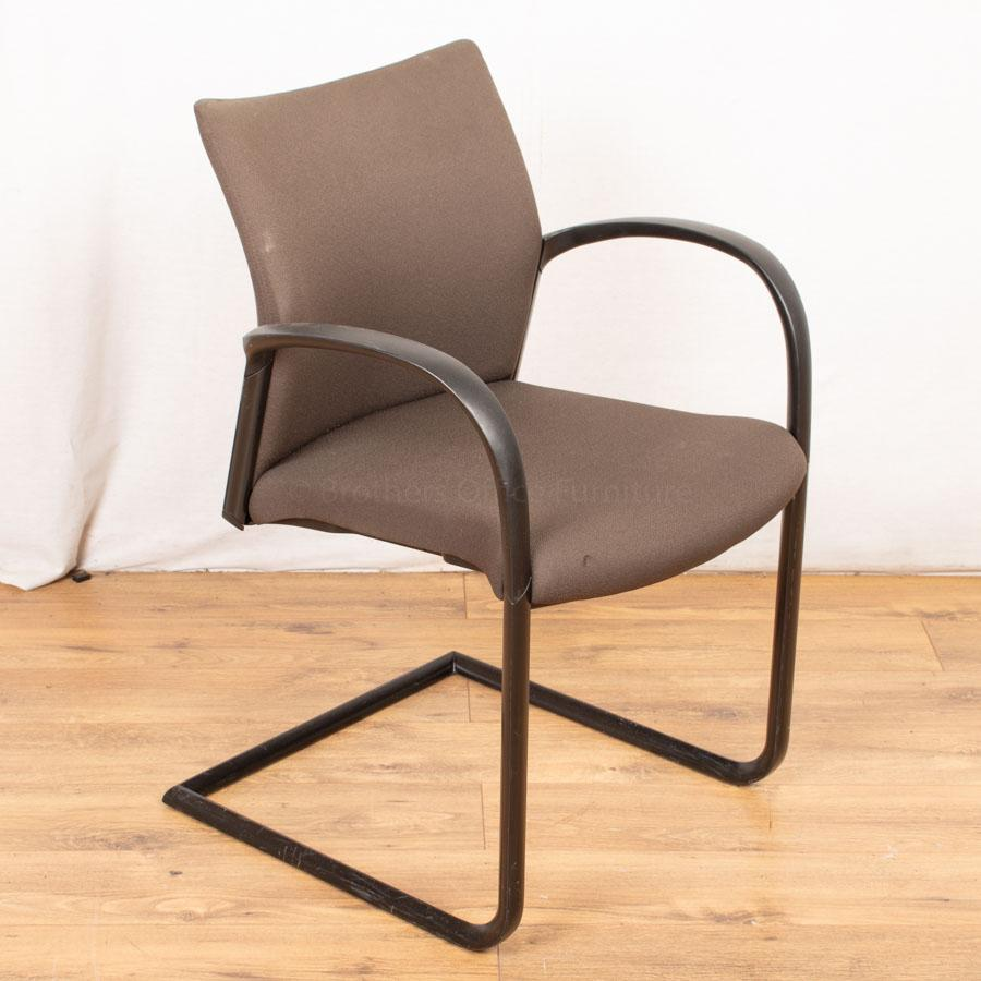 Senator Trillipse Cantilever Meeting Chair