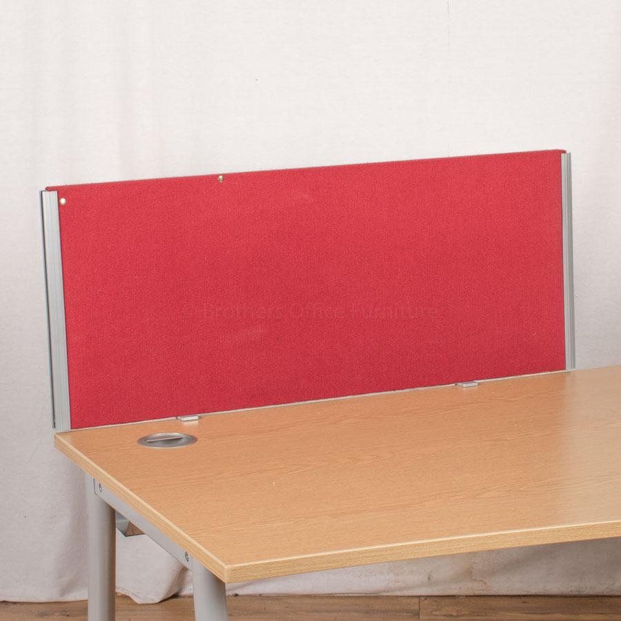 Red 990W Desk Divider (UDS77)
