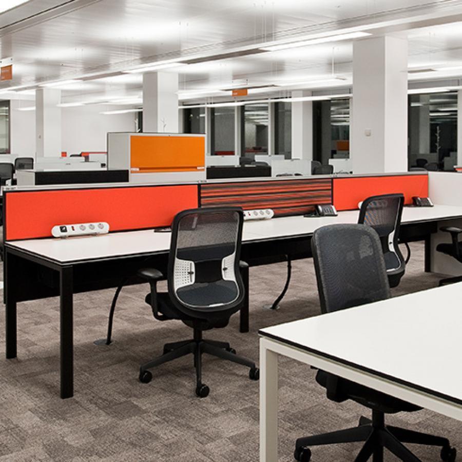 Bene T-Workstation White/Black Bench Desks