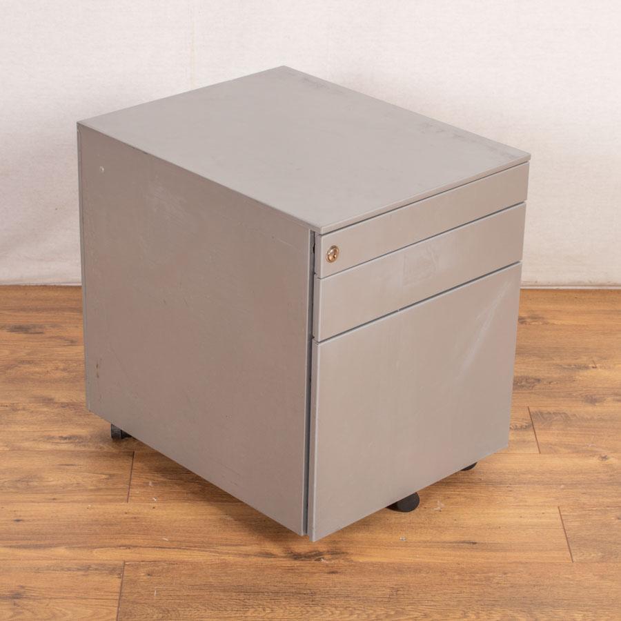 Bene Steel 3 Drawer Under Desk Pedestal
