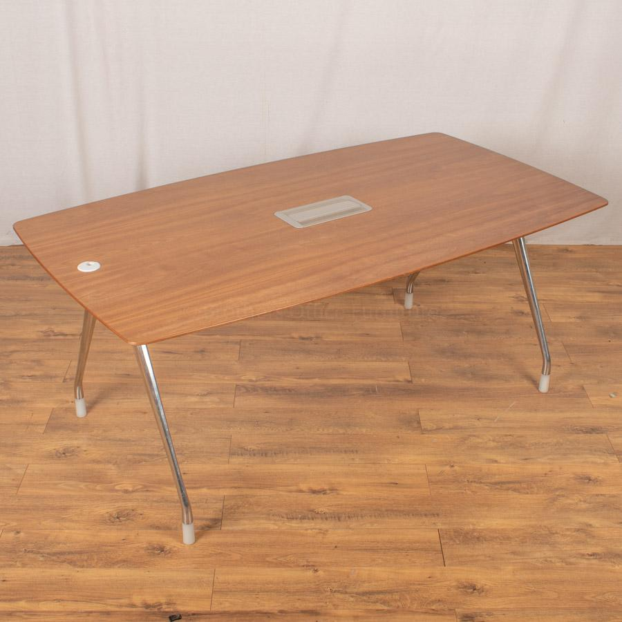 Herman Miller Walnut Veneer 1800x1000 Meeting Table