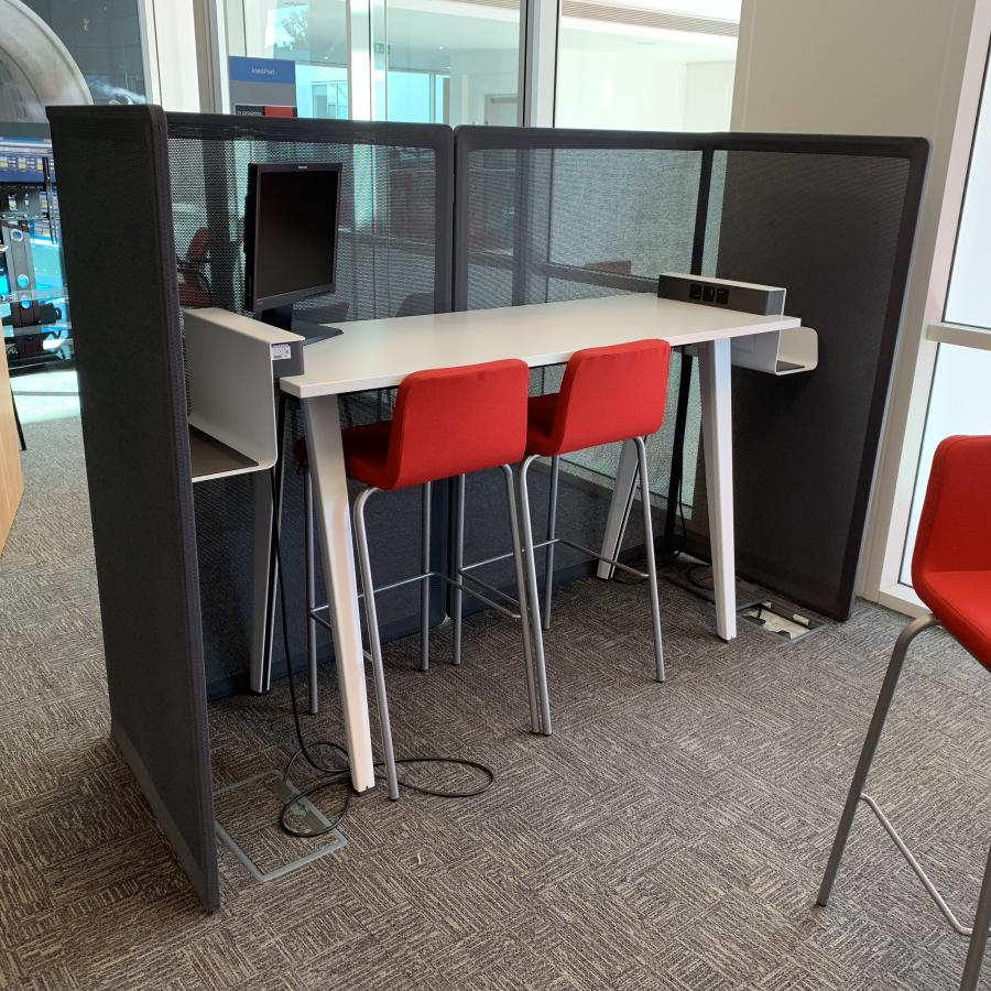 Steelcase White Hot Desk with Stools