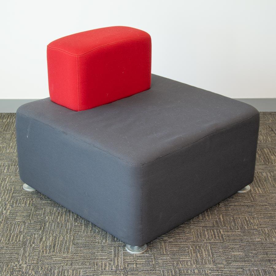 Steelcase Grey/Red Fabric Straight Modular Recepti