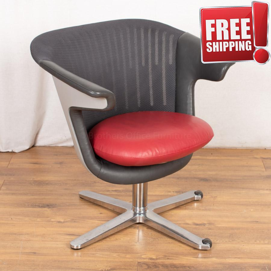 Steelcase Mesh Back Leather Breakout Reception Sea