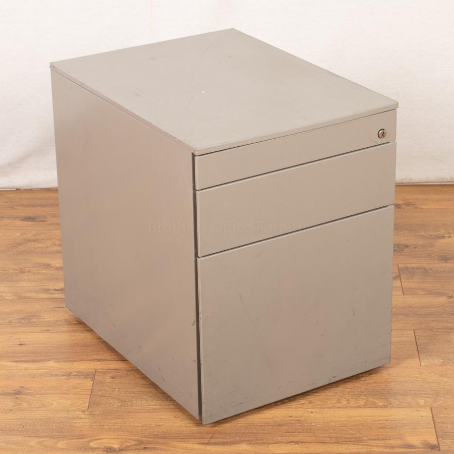 Silver Under Desk Pedestal (PED92)