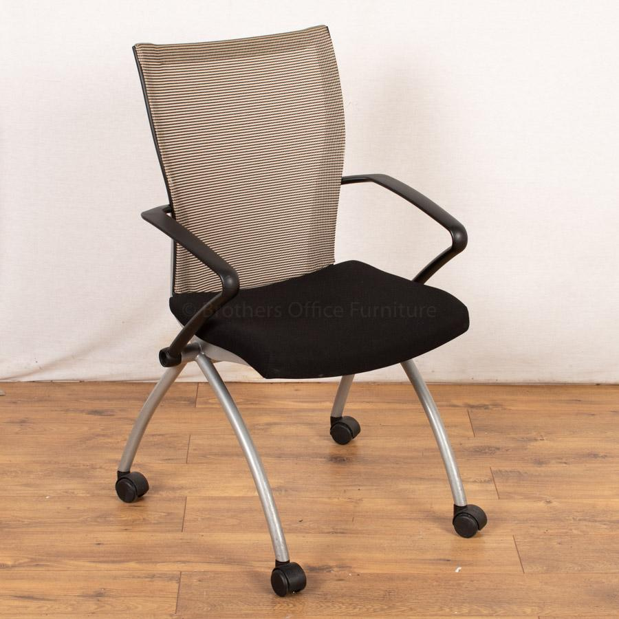 Comforto Mesh Back Meeting Chair