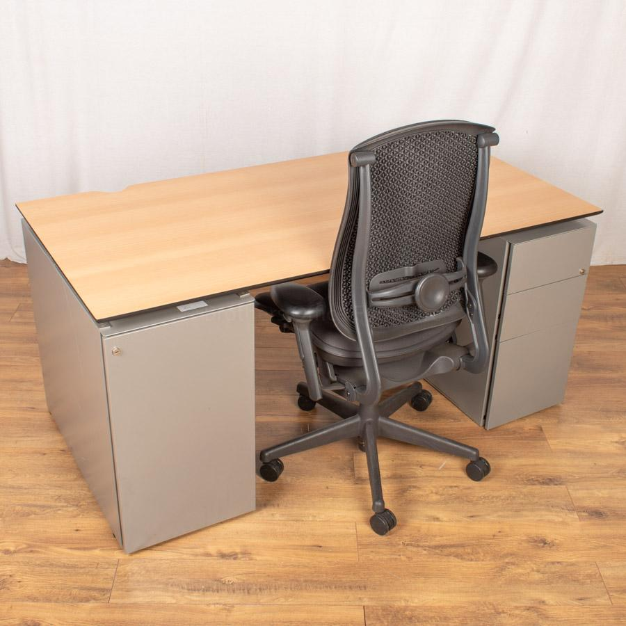 Techo Beech 1600x800 Double Pedestal Workstation