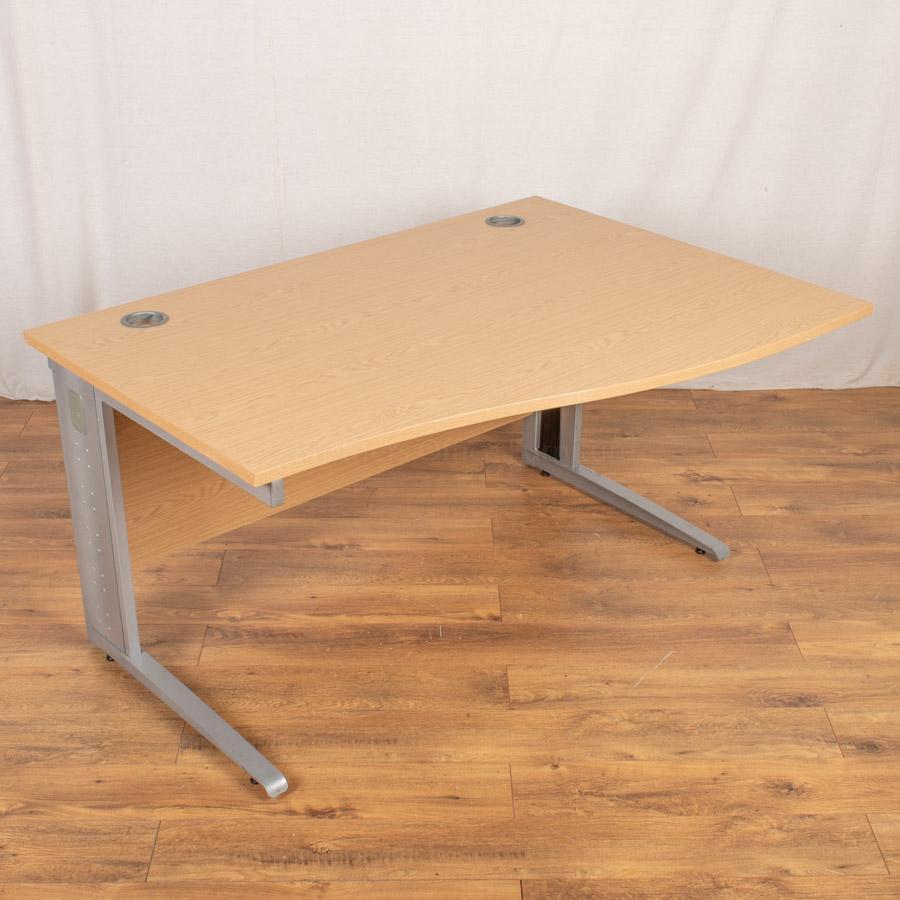 Light Oak 1400x1000 Wave Desk