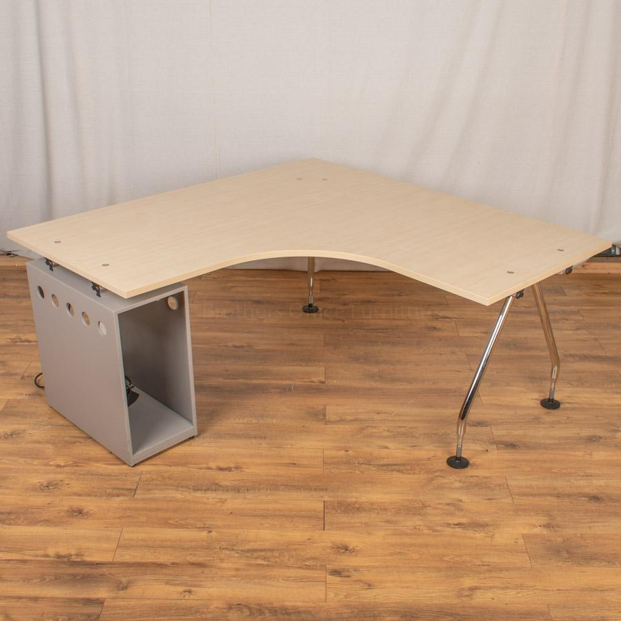 Vitra Ad Hoc Maple 1600 Corner Workstation (CW97)