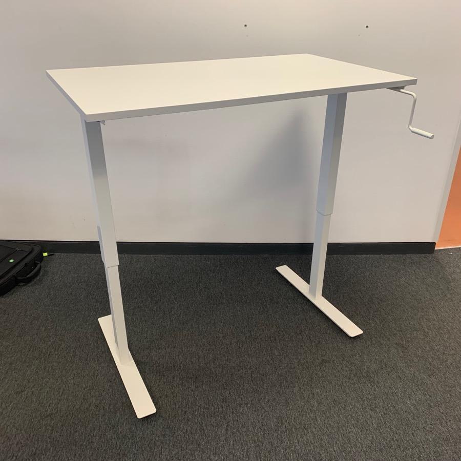 White 1200x700 Manual Sit Stand Desk