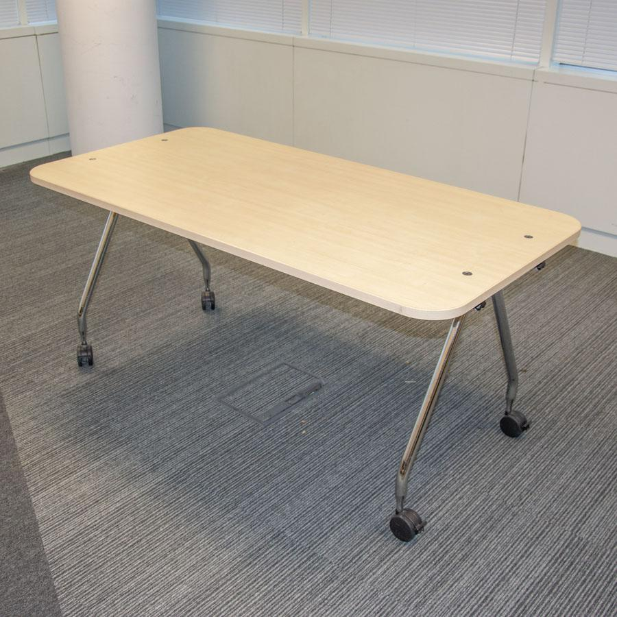 Vitra Ad Hoc Maple 1600x600 Meeting Table