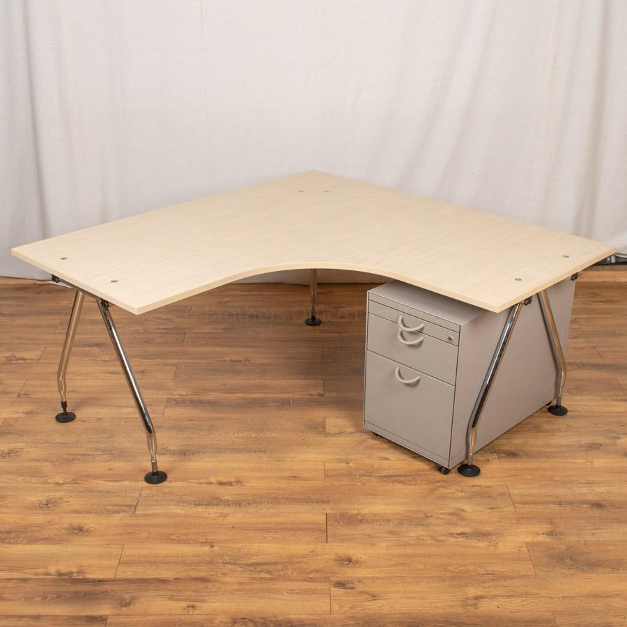 Vitra Ad Hoc Maple 1600 Corner Workstation (CW99)