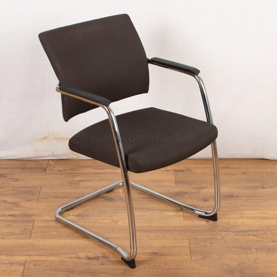 Komac Move Stackable Meeting Chair
