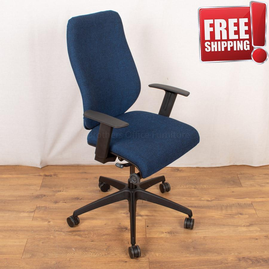 Komac Key Office Chair with Arms (Boss Design)