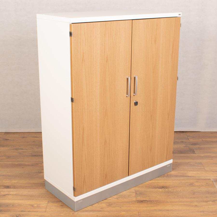 Kinnarps Oak/White 1335H Office Cupboard