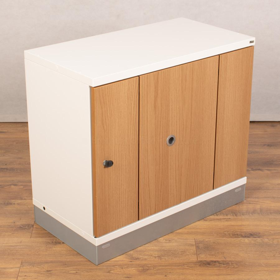 Kinnarps Oak/White 725H Sliding Door Cupboard