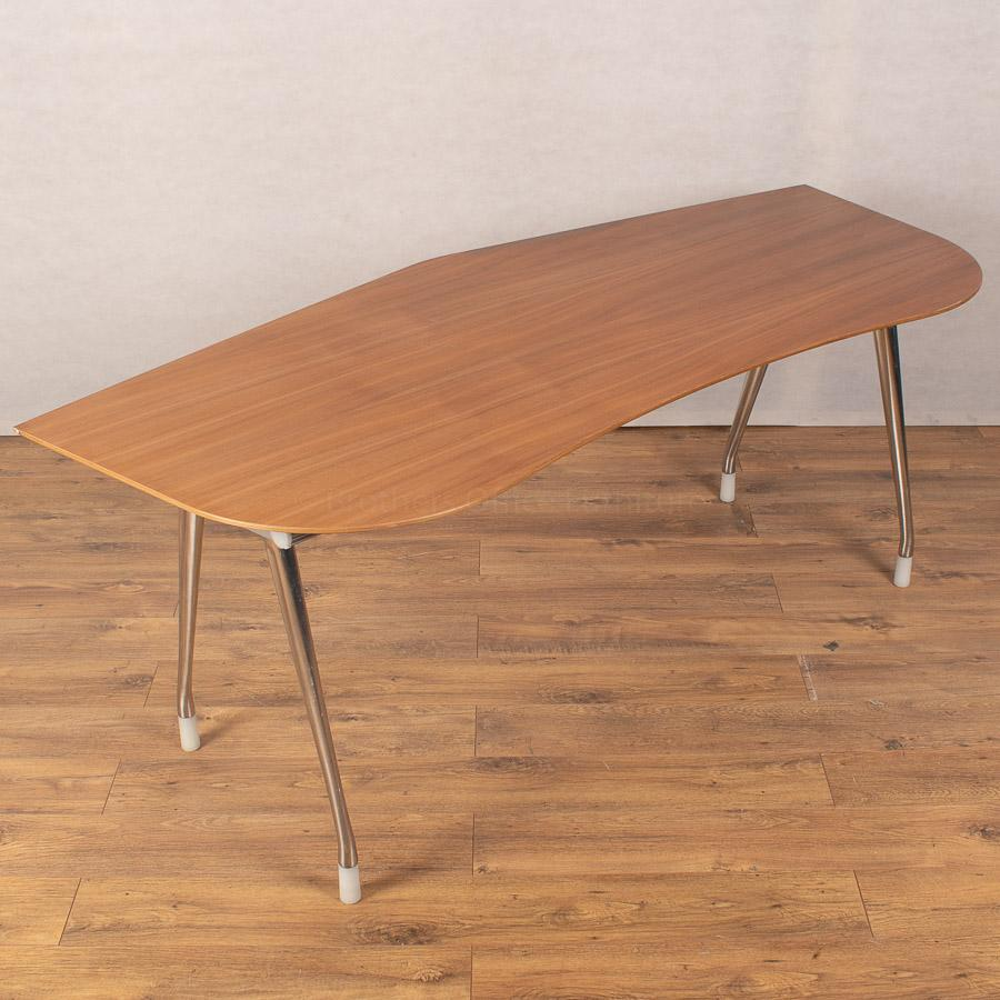Herman Miller Walnut Veneer 1900x800 Curved Desk