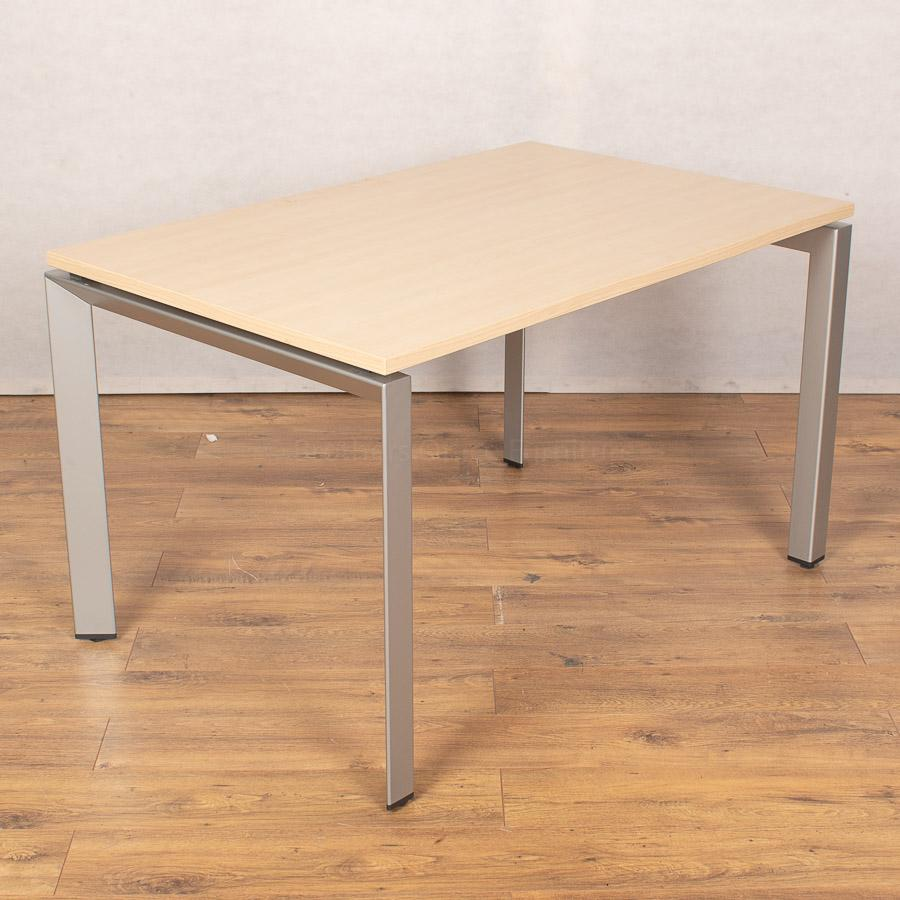 Steelcase FrameOne Maple 1200 Bench Desks | Single