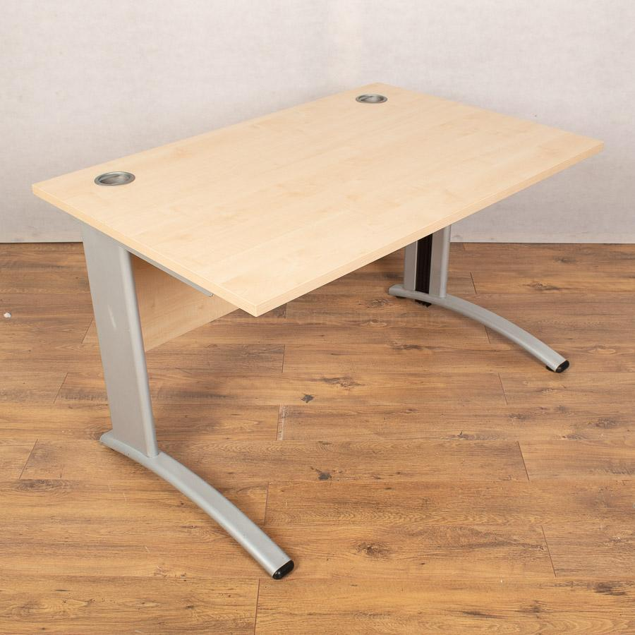 Verco Maple 1200x800 Straight Desk