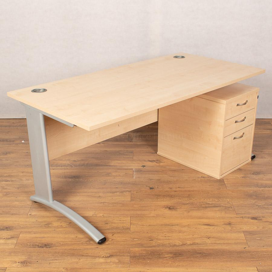 Verco Maple 1600x800 Straight Workstation