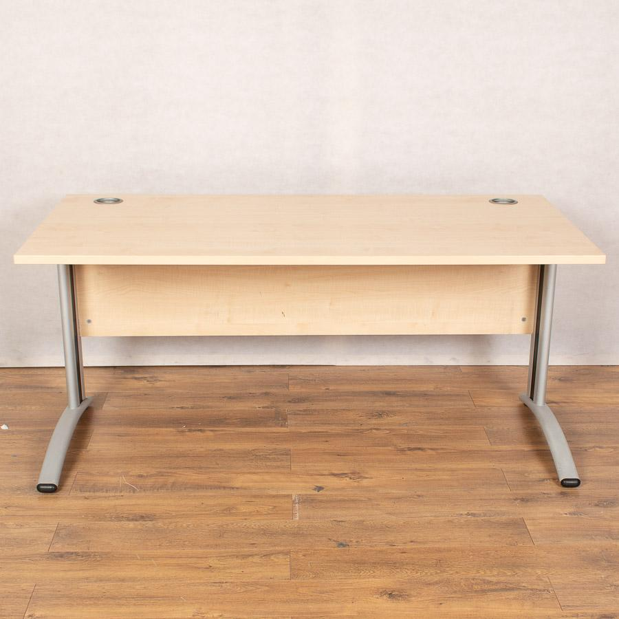Verco Maple 1600x800 Straight Desk