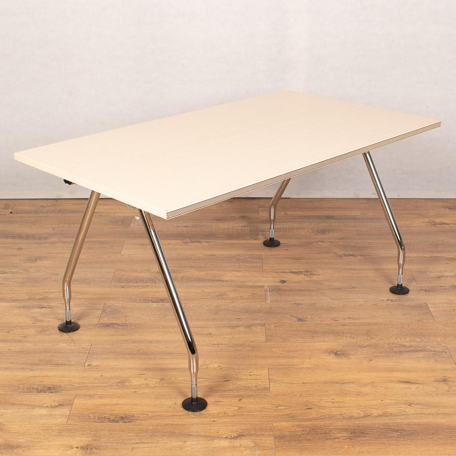 Vitra Maple 1400x800 Straight Desk
