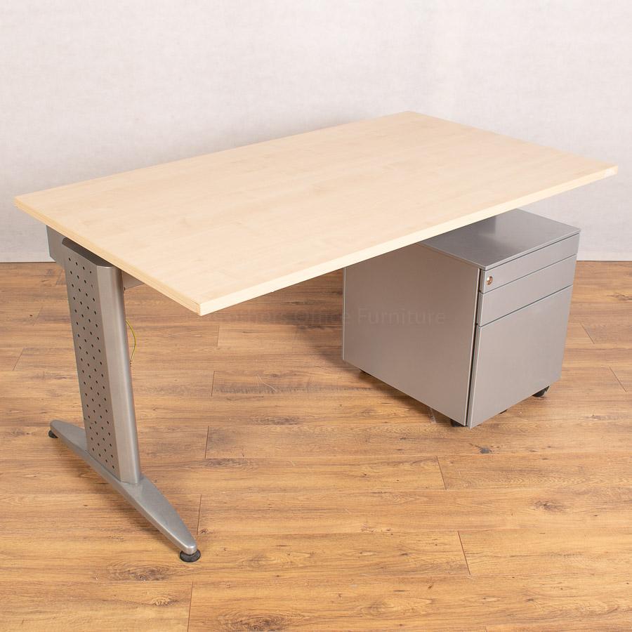 Maple 1400x800 Straight Workstation (SD170)