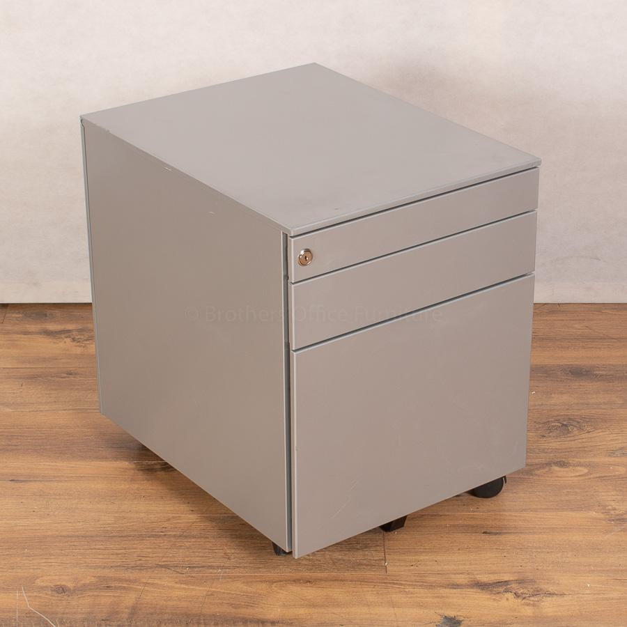 Maple 1600x800 Straight Workstation (SD171)