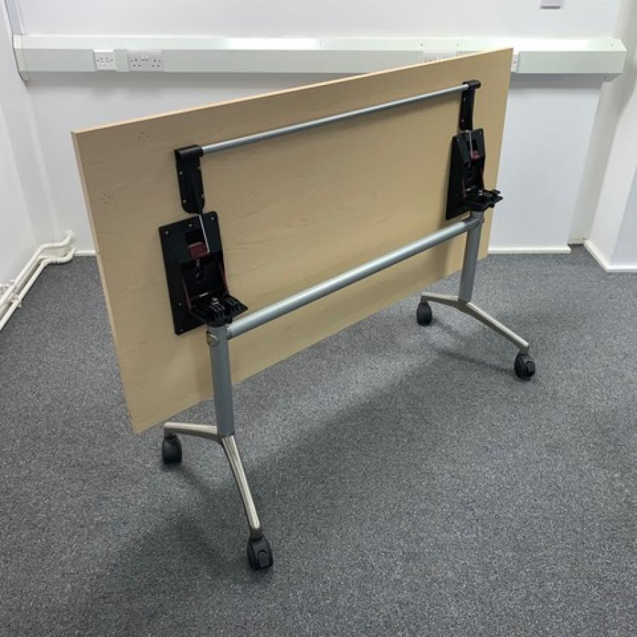 Elite Ash 1600x800 Tilt Top Table