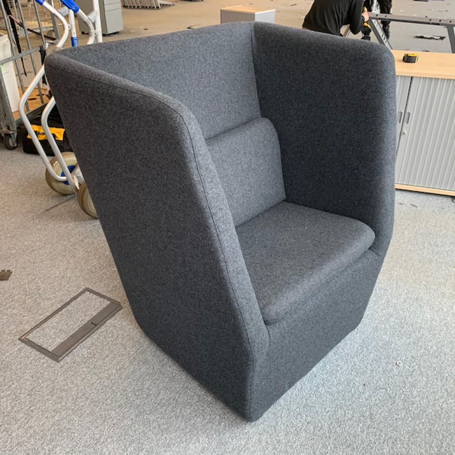 Modus High Back Breakout Chair