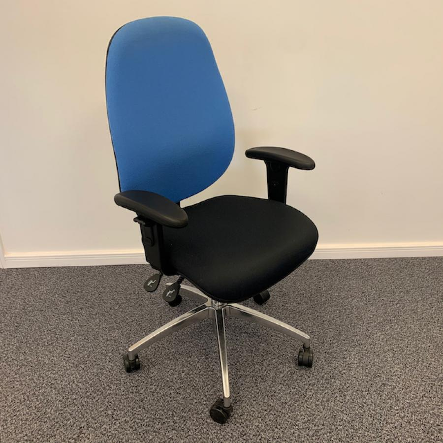Fully Adjustable Operators Chair (OP267)