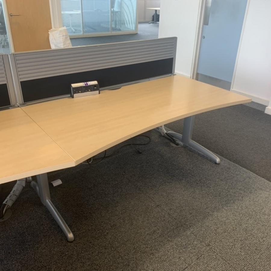 Steelcase TNT Marl Maple Double Wave Desk | Set of 6 with Screens