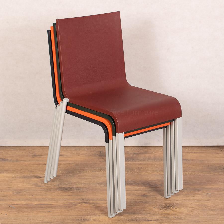 Vitra .03 Chair | Dark Green
