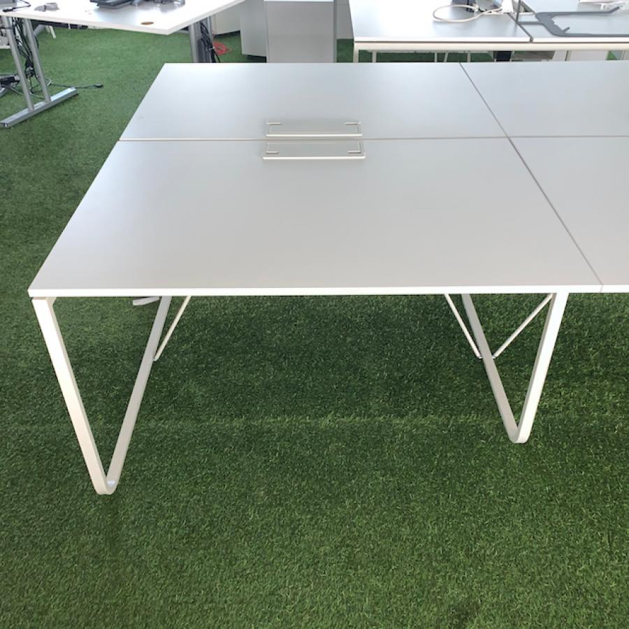 White 1200x800 Bench Desks (BD92)