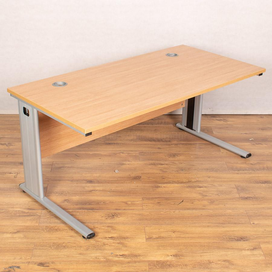 Light Oak Straight Desk (SD193)
