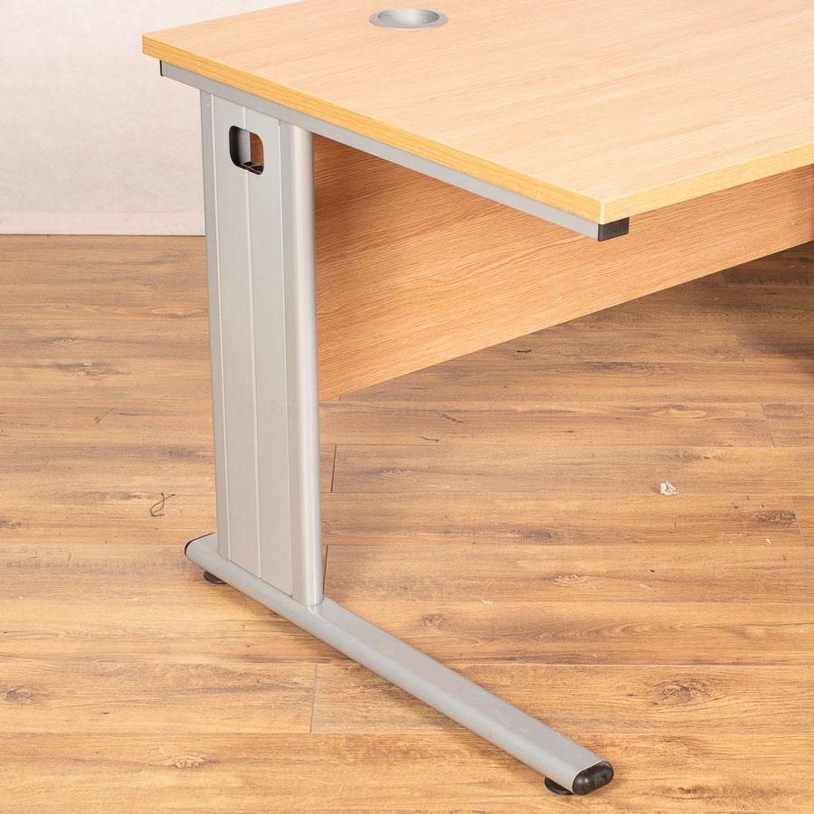 Light Oak Straight Desk (SD193)