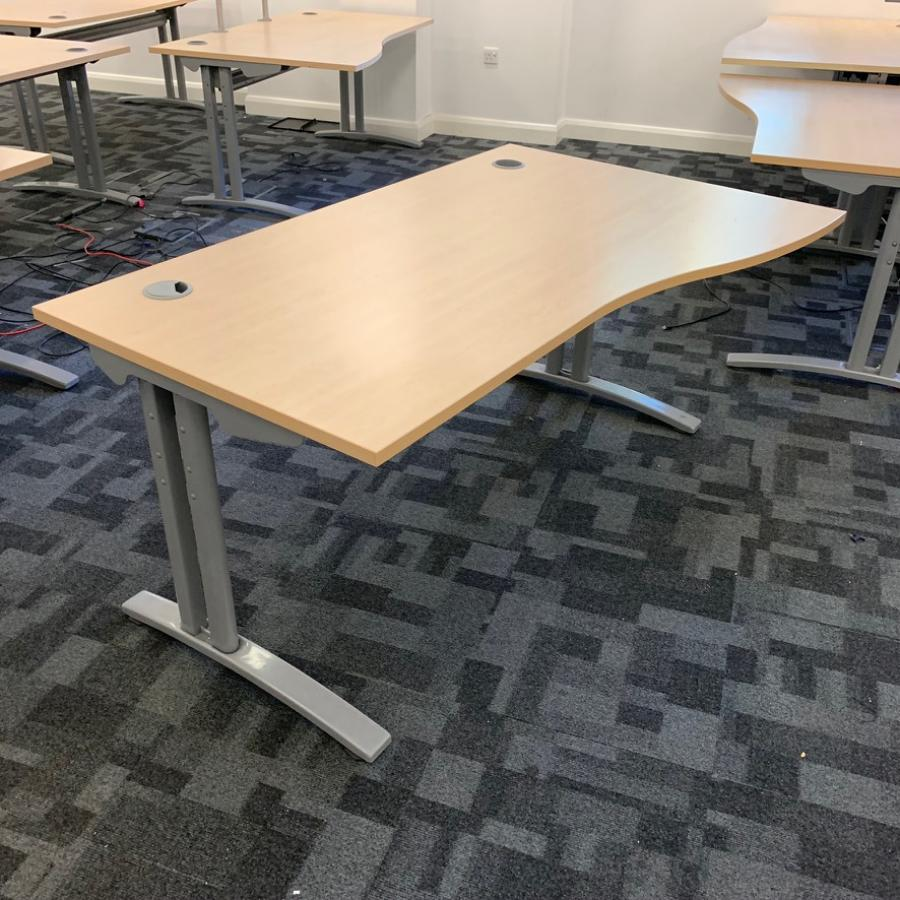 Claremont FT2 Maple 1400x800 Straight Desk (SD195)