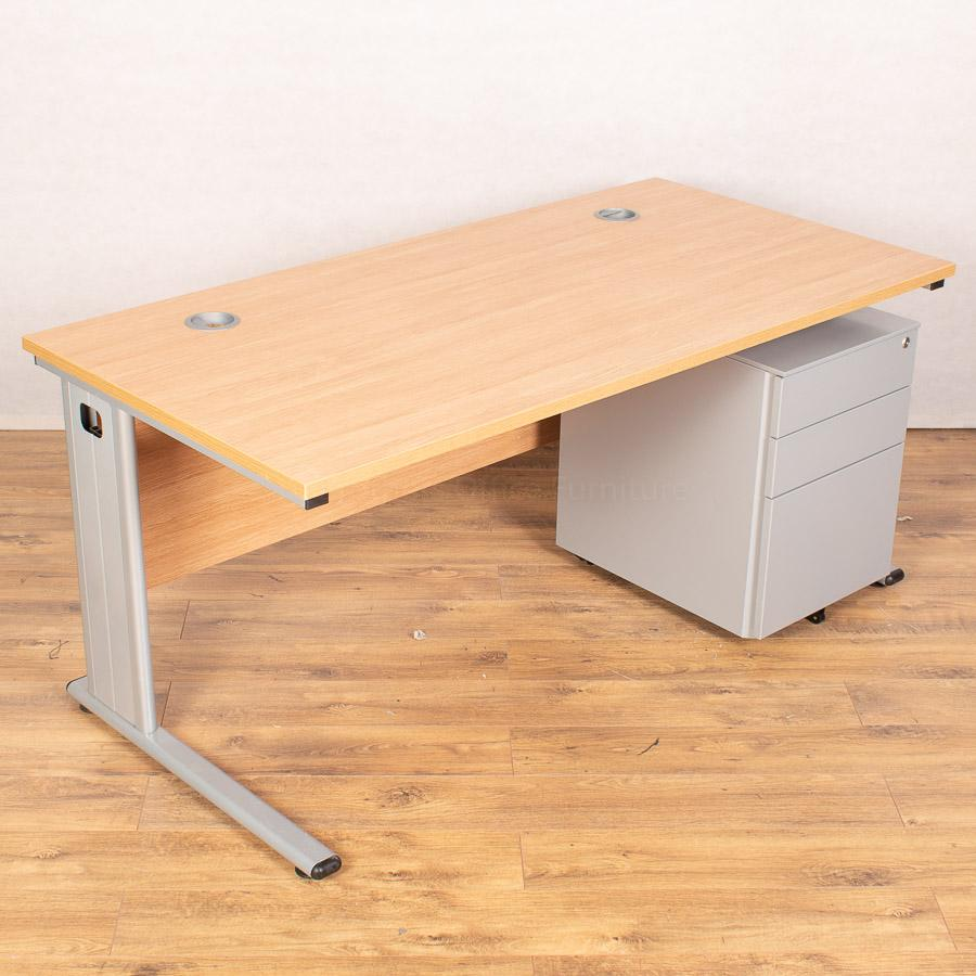 Light Oak Straight Workstation (SD200)