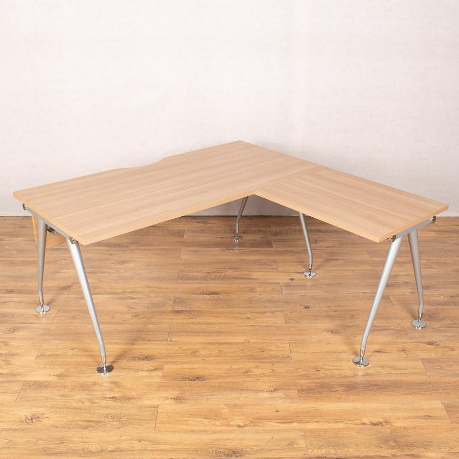 Mobili Vega Romana Straight Desk with Return