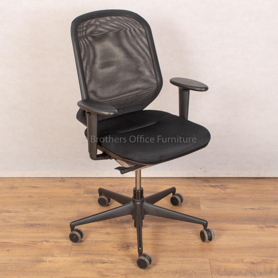 Vitra MedaPal Mesh Operators Chair