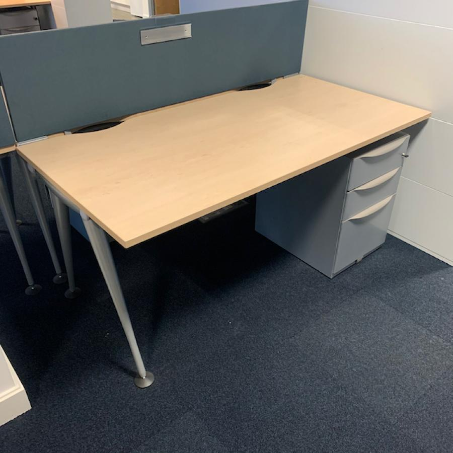 Herman Miller Abak Maple 1800x800 Straight Worksta