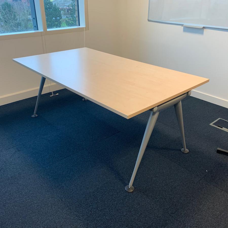 Herman Miller Abak Maple 1800x1000 Meeting Table