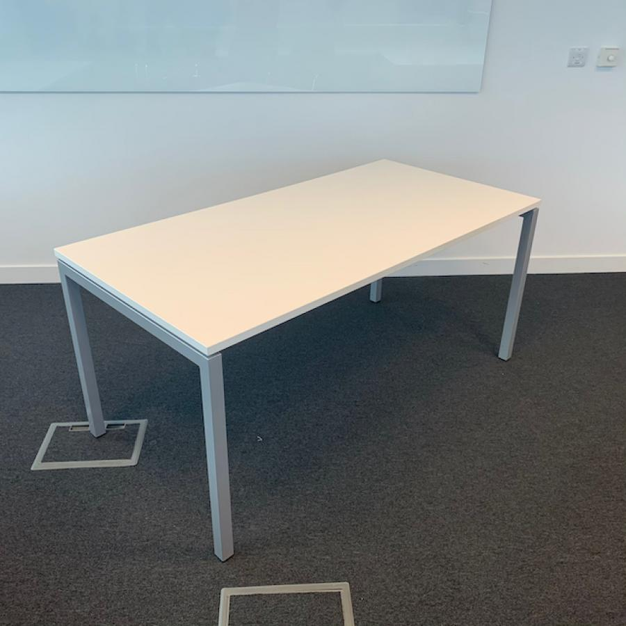 Narbutas Nova U White 1600x800 Meeting Table