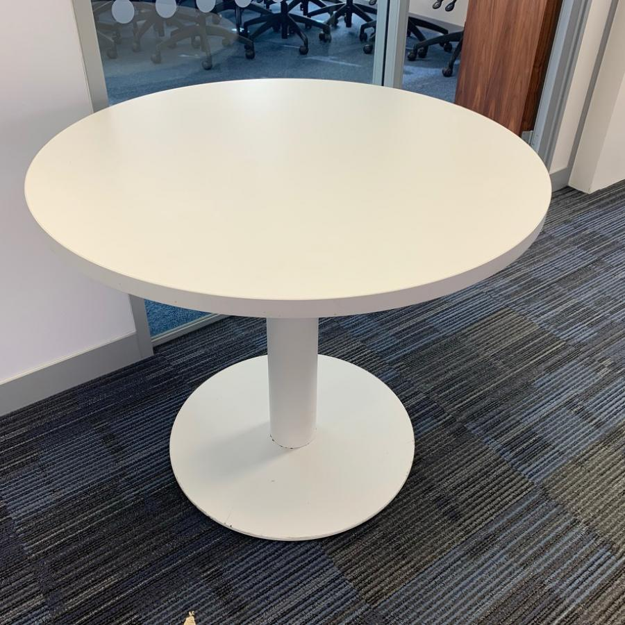 White 900D Round Office Table (MT313)