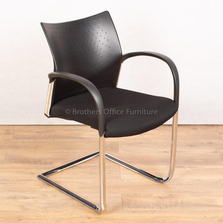 Senator Trillipse Chrome Frame Meeting Chair | Can